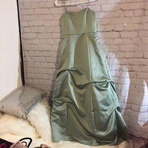 David's bridal peridot ruching party dress Sz 14